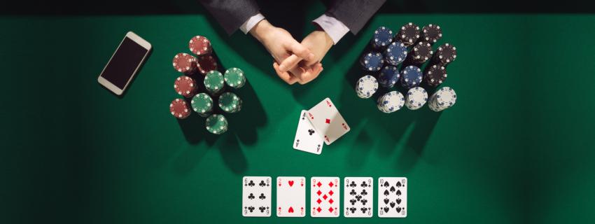 32-ind-w88-poker-room